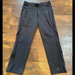 REI Womens Athletic Pants sz Medium ~ Black~EUC